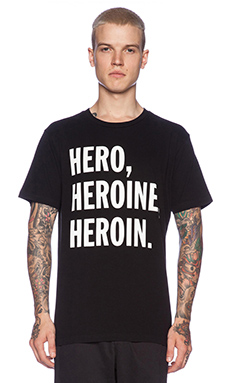 T-SHIRT MANCHES COURTES HEROIN
