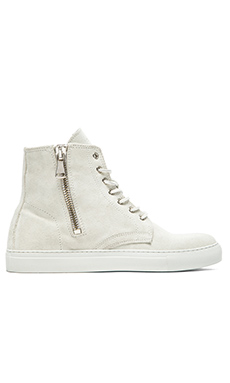 YLATI Ravello in Ice Suede