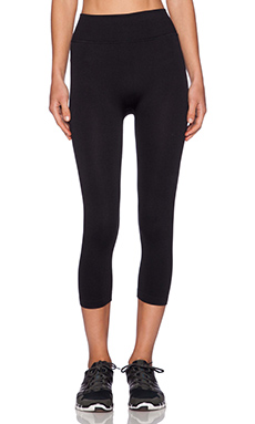 Yummie by Heather Thomson Gabby Capri in Black