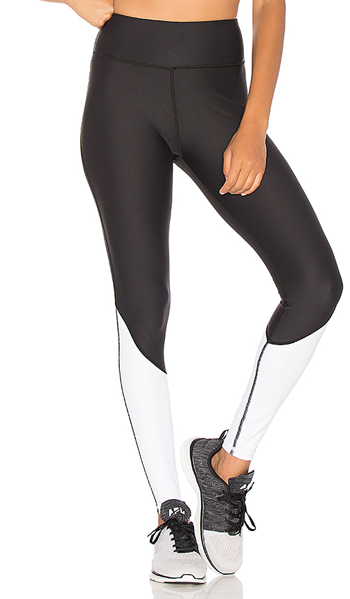 All Fenix Monochrome Af Legging in Black & White. - size L (also in M,S,XS)