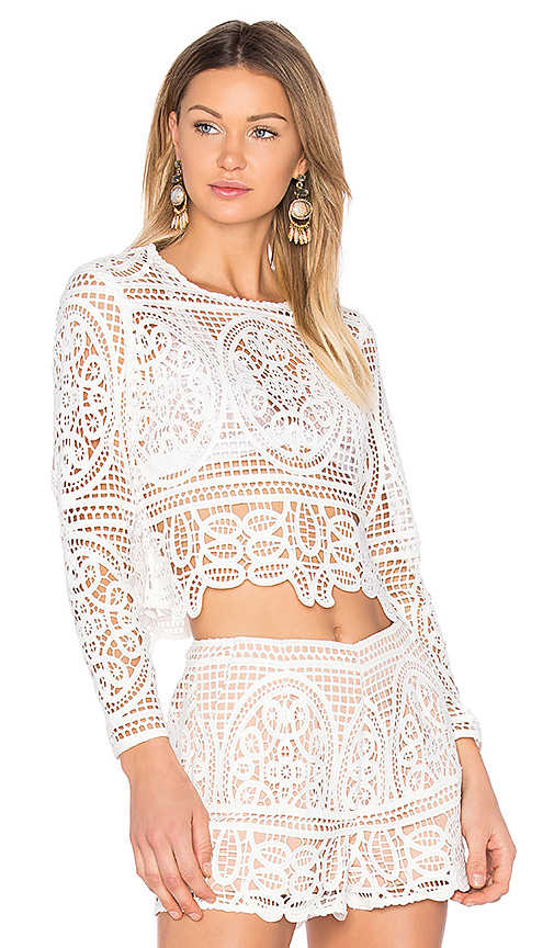 aijek Blackjack Embroidered Cropped Blouse in White. - size 2/M (also in 3/L)