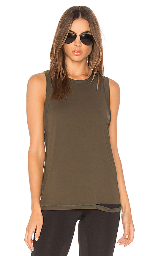 ALALA Carve Tank in Olive