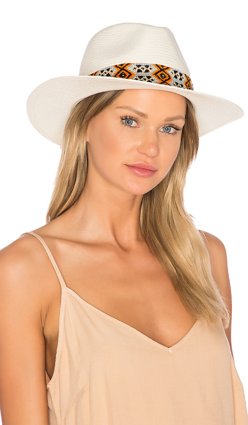 ale by alessandra Andarra Hat in Cream