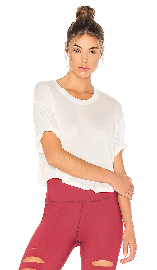 alo Verve Short Sleeve Tee in Ivory
