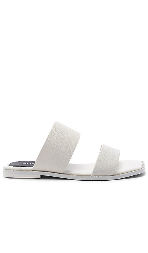 Alias Mae Tula Slide in White