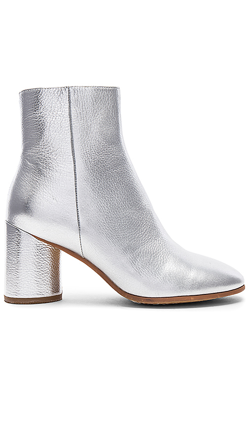 Alias Mae Zulu Bootie in Metallic Silver