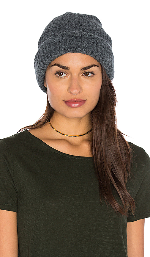 American Vintage Wixtonchurch Beanie in Gray.