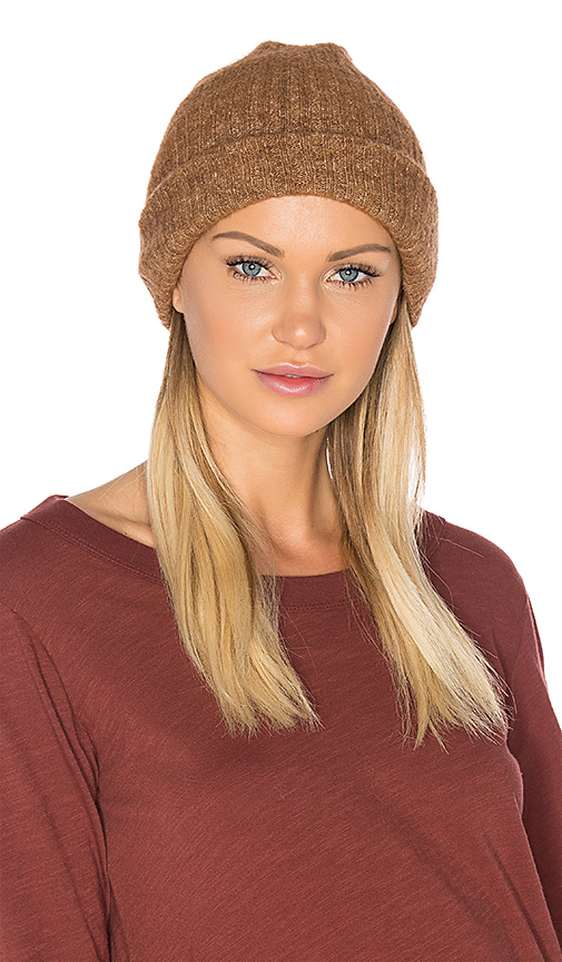 American Vintage Wixtonchurch Beanie in Brown.