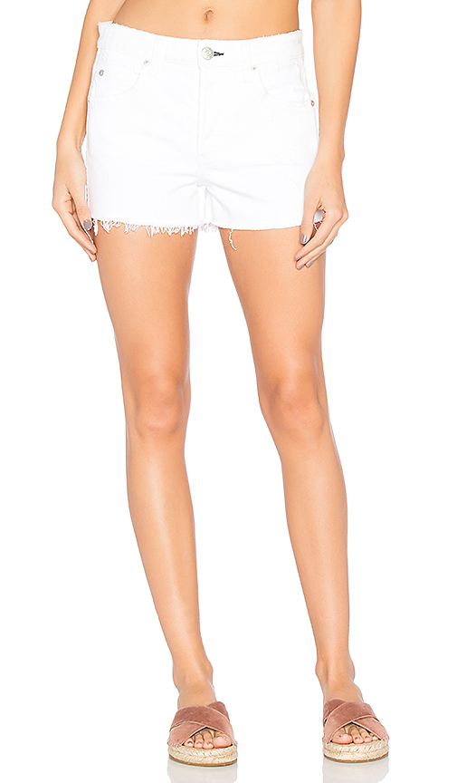 AMO Babe Shorts in White. - size 27 (also in 24,28,29)