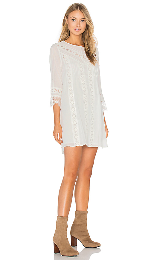 Photo of AMUSE SOCIETY Gabriel Dress in White - shop AMUSE SOCIETY dresses sales