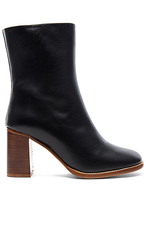 A.P.C. Flavie Boots in Black