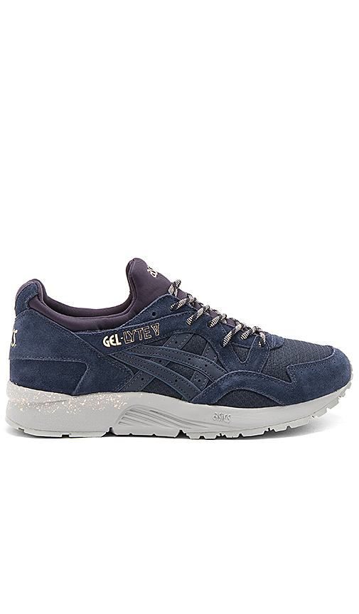 Asics Gel Lyte V in Navy. - size 7.5 (also in 8,9,9.5)