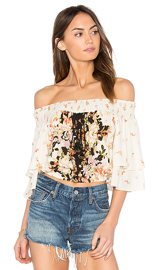 Band of Gypsies Poinsettia Floral Blouse in Cream