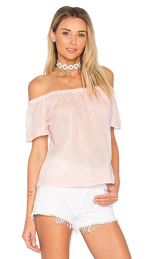 Bella Dahl Pintuck Off Shoulder Top in Pink