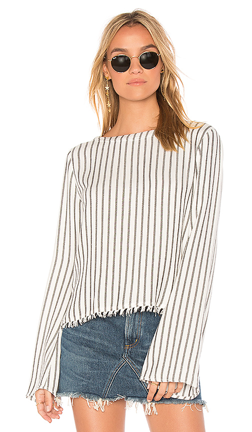 Bella Dahl V Back Pullover Top in White