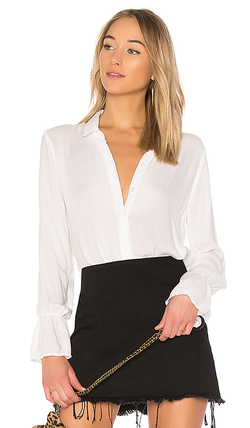 Bella Dahl Ruffled Back Collared Shirt in Ivory