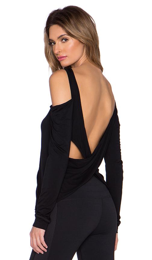 Body Language Razor Pullover in Black. - size L (also in S)