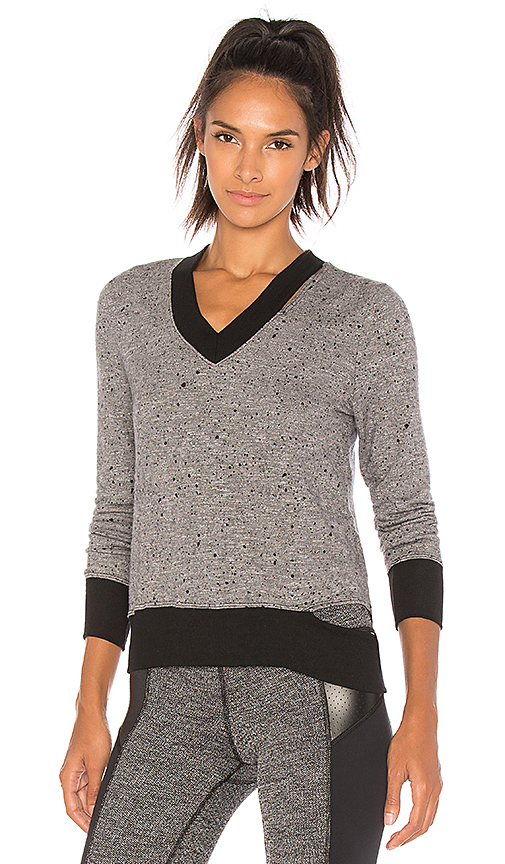 CHICHI Lindsay Sweater in Gray