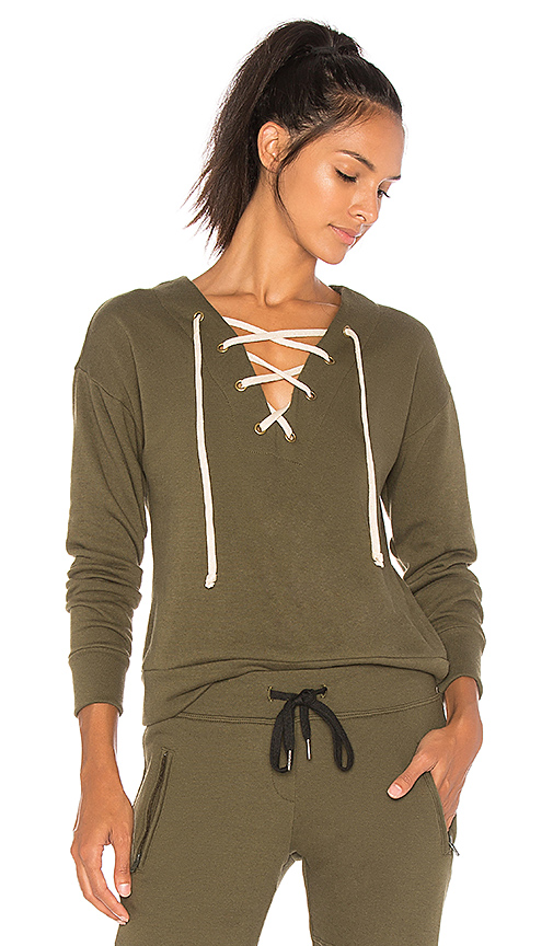 CHICHI Marissa Sweatshirt in Green