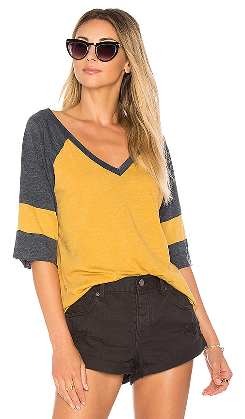 Chaser Blocked Jersey V Neck Tee in Mustard. - size L (also in S,XS)