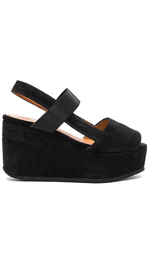 Castaner Yantai Sandal in Black