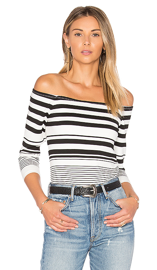 cupcakes and cashmere Lelani Top in Black & White. - size L (also in M,XS)