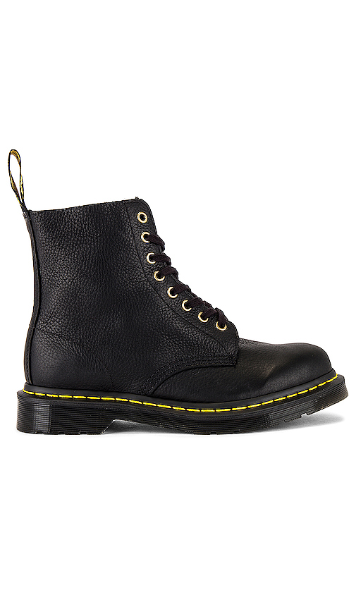 Dr. Martens PASCAL ブーツ in Black.