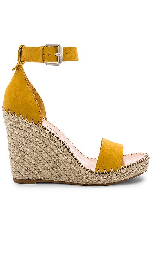 Dolce Vita Noor Sandal in Yellow