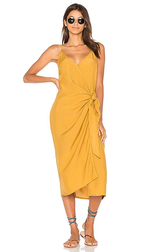FAITHFULL THE BRAND Juel Midi Dress in Mustard. - size L (also in M,XS)