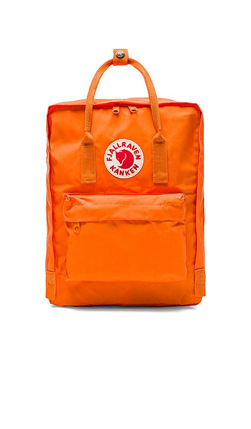 Fjallraven Kanken in Orange.