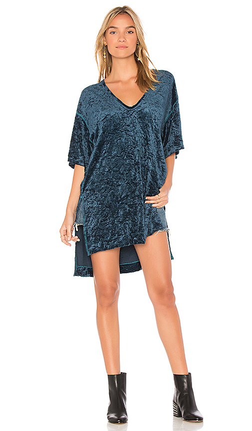 Free People The Luxe Extended Tee in Blue