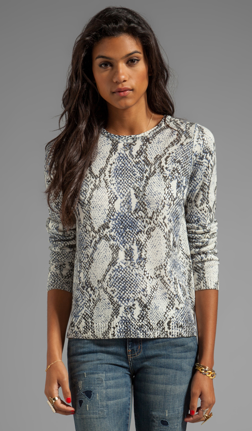Generation Love Freja Snake Sweater in Gray