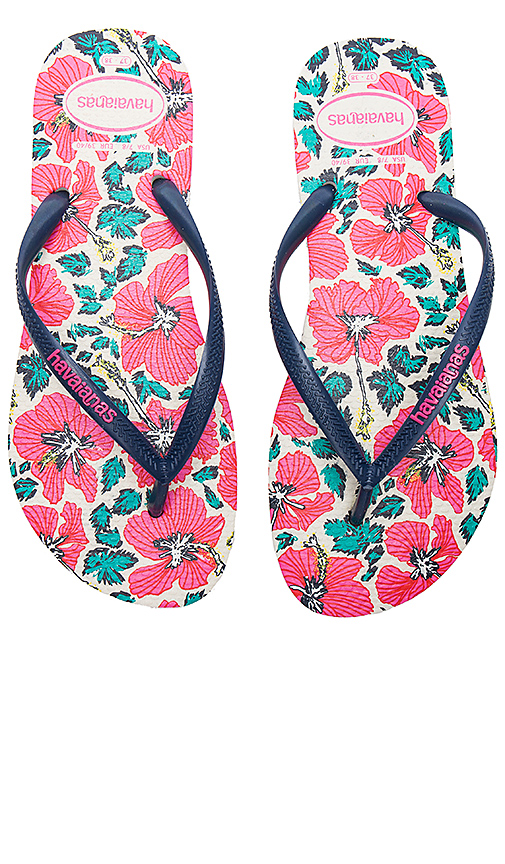 Havaianas Slim Floral Sandal in Pink. - size US 11/12/ BRZ 41-42 (also in US 5/6/ BRZ 35-36,US 7/8/ BRZ 37-38,US 9/10/ BRZ 39-40)