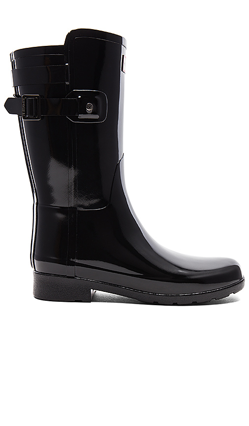 Hunter Original Refined Back Strap Short Gloss Boot in Black