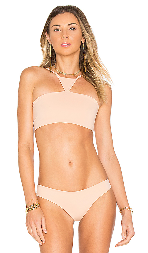Indah Eminent Top in Peach