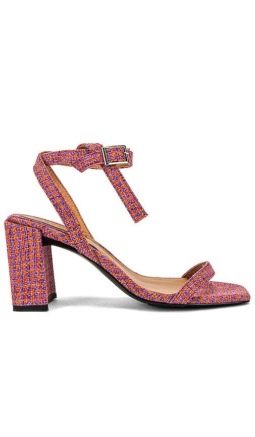 Jaggar Shoes JAGGAR ESSENTIAL HOUNDSTOOTH HEEL IN ORANGE.