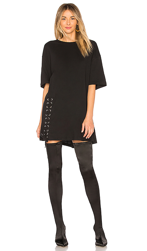 KENDALL + KYLIE Lace Up Tee in Black