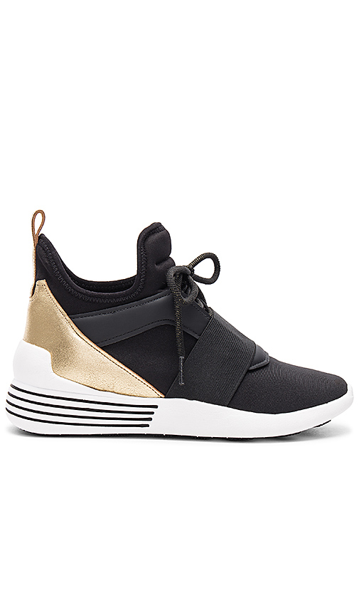 KENDALL + KYLIE Braydin Sneaker in Black. - size 10 (also in 6,6.5,8.5,9,9.5)
