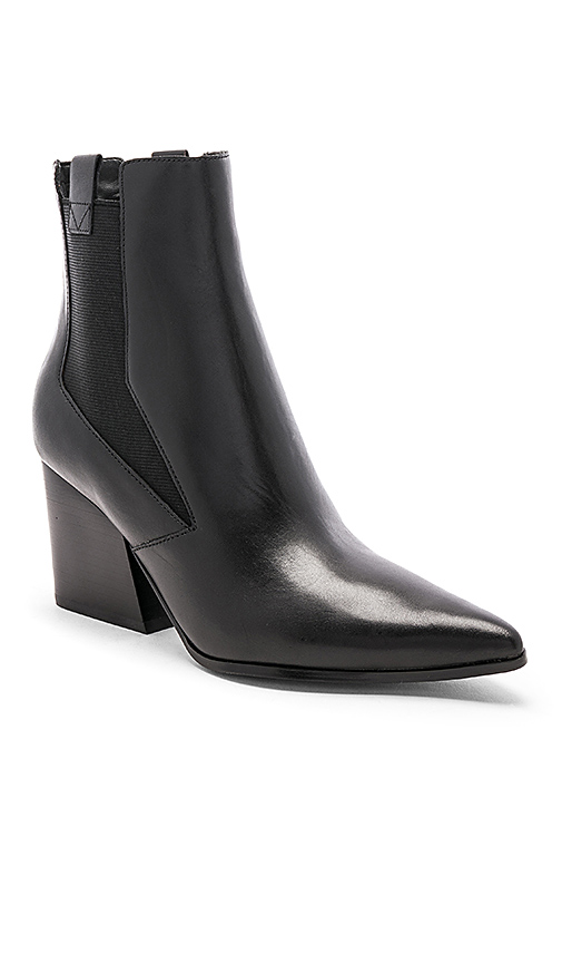 KENDALL + KYLIE Finigan Boots in Black