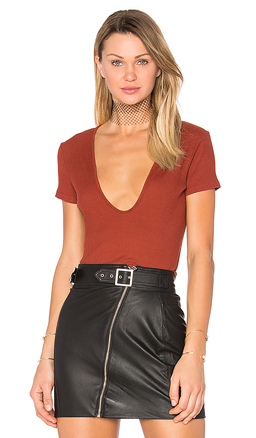 LACAUSA Rib Scoop Tee in Red
