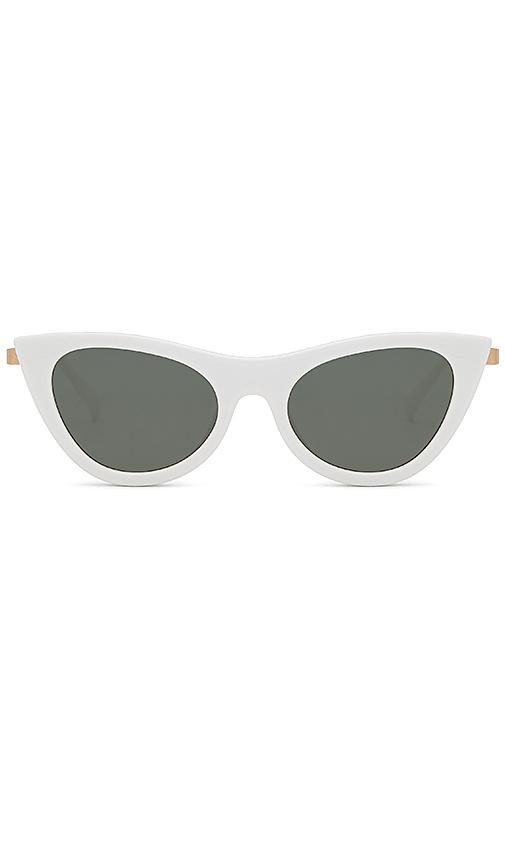 Le Specs Enchantress in White & Khaki Mono - White. Size all.