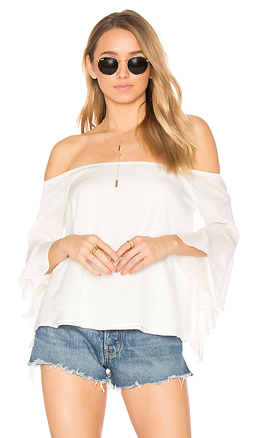 MAJORELLE Thistleberry Top in White. - size M (also in S,XL, XS)