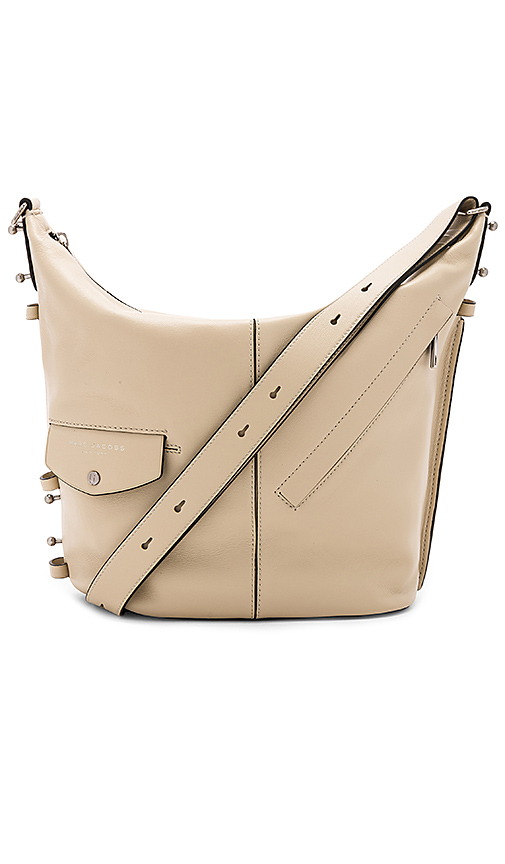Marc Jacobs The Sling Bag in Beige