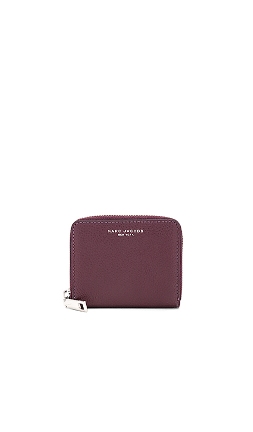Marc Jacobs Recruit Zip Card Case in Wine