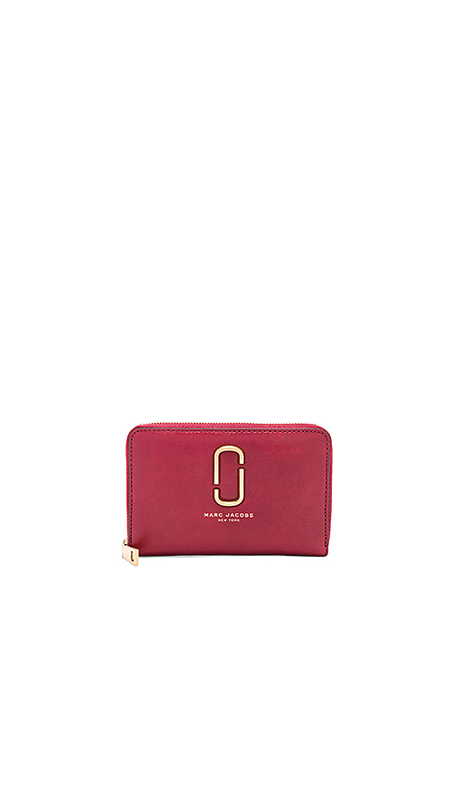 Marc Jacobs Double J Small Standard Wallet in Burgundy