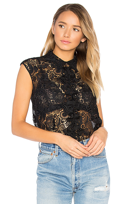 No. 21 Lace Top in Black