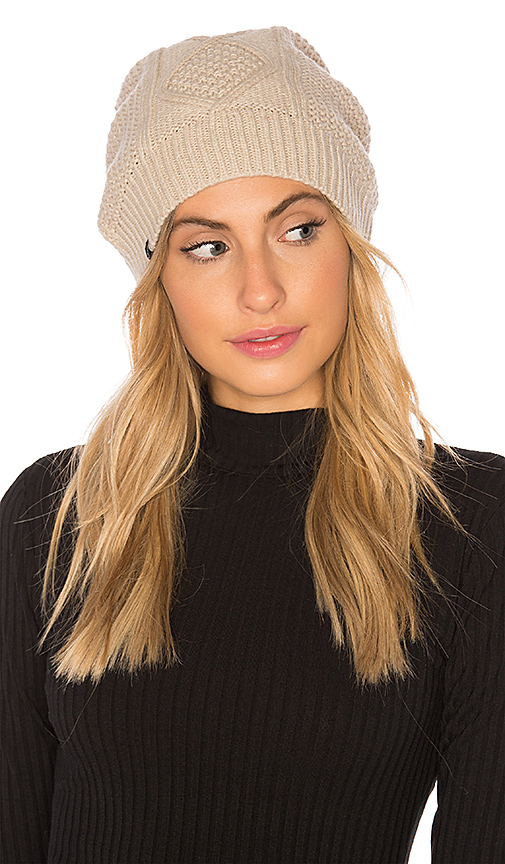 Plush Fleece Lined Cable Knit Beanie in Beige