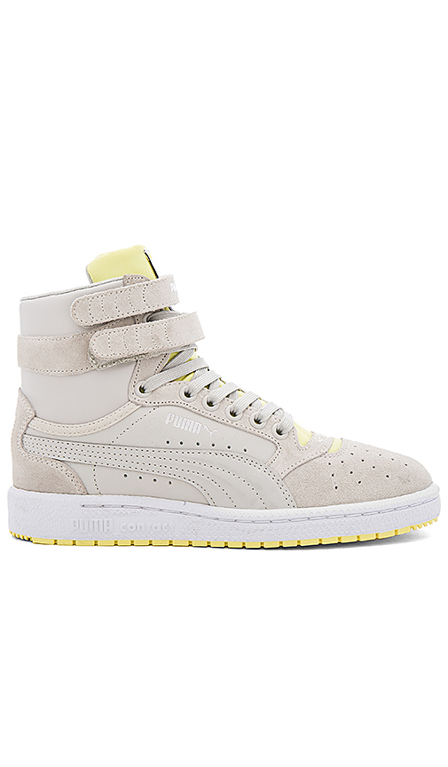 Puma Sky II Streetwear Hi Top Sneaker in Light Gray. - size 10 (also in 8.5,9.5)