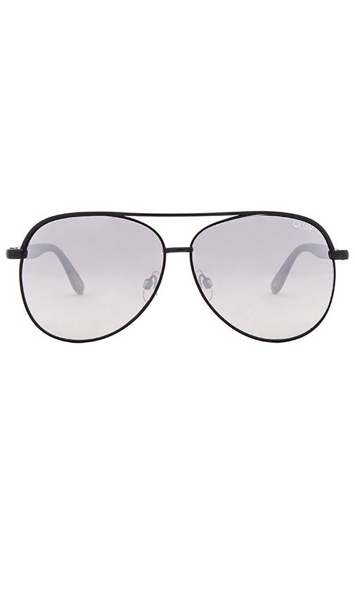 Quay Macaw Sunglasses in Black