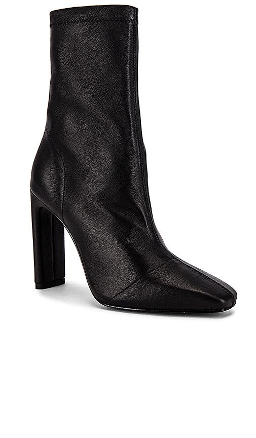 RAYE Vista Boots in Black